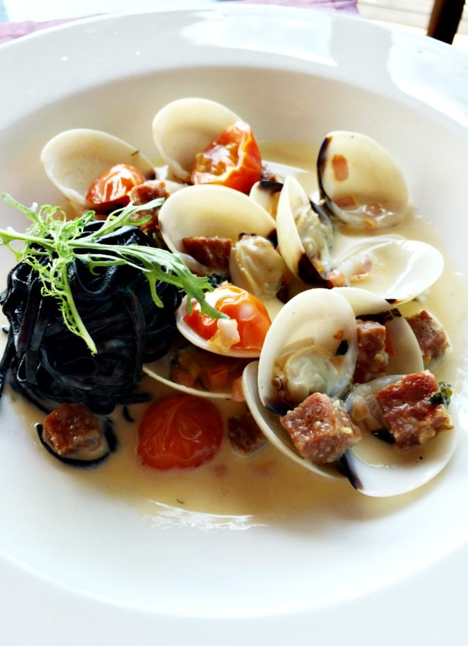 Creamed Clams with Squid Ink Linguini at The Cliff at Cap