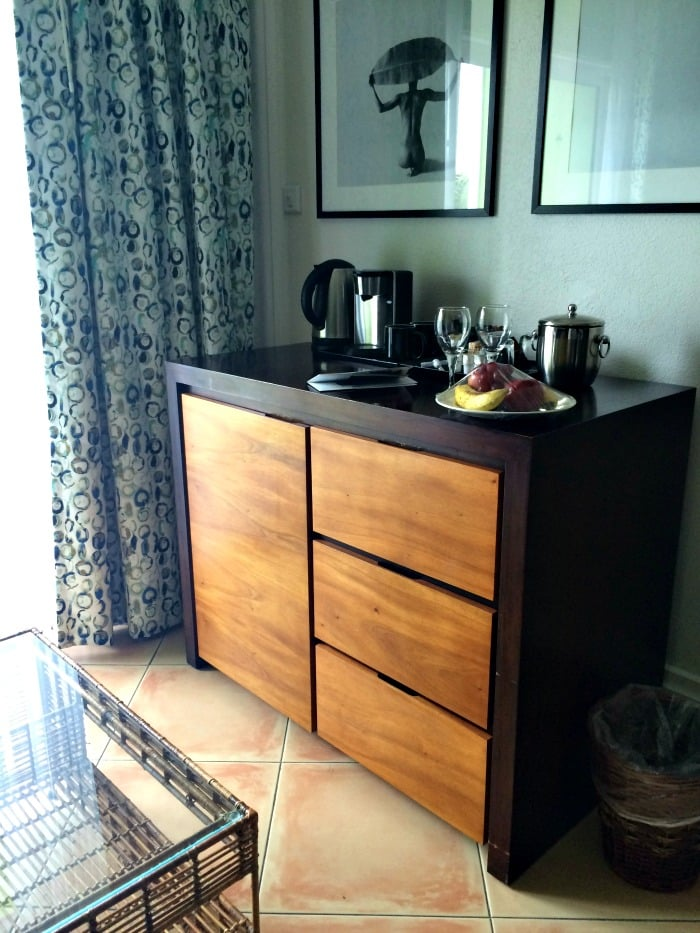 harmony-oceanview-room-amenities-include-a-mini-fridge-restocked-daily-with-all-inclusive-package