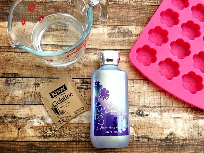 Ingredients for DIY bubble bath jellies