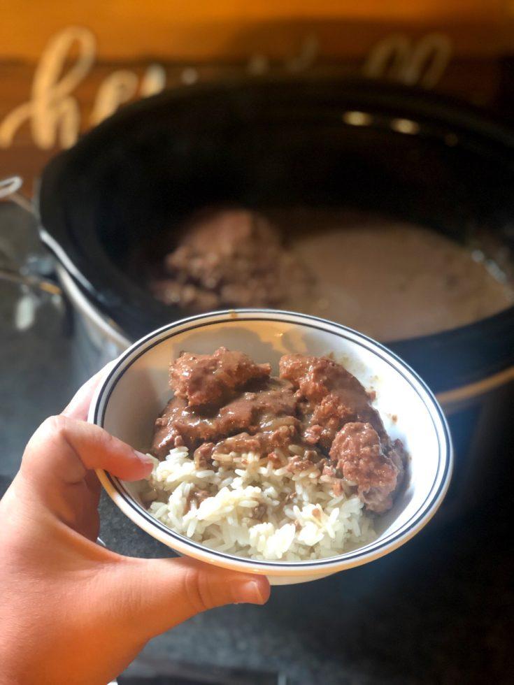 Crock Pot Cubed Steak and Gravy